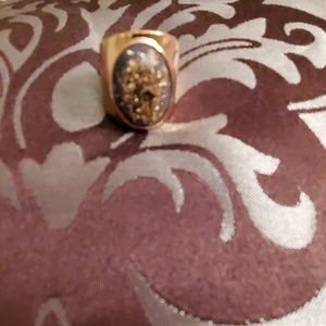 Forever 21 goldtone ring